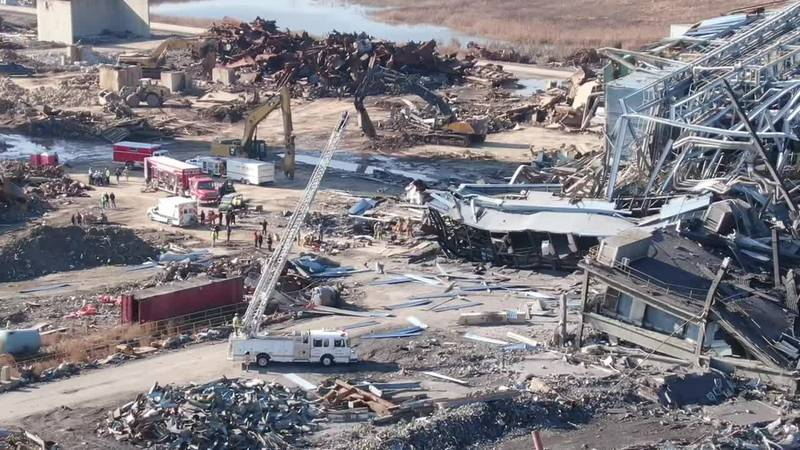 Drone video shows the collapse at Killen Generating Station in Adams County