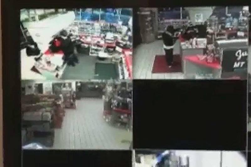 Mt. Orab robber (VIDEO)