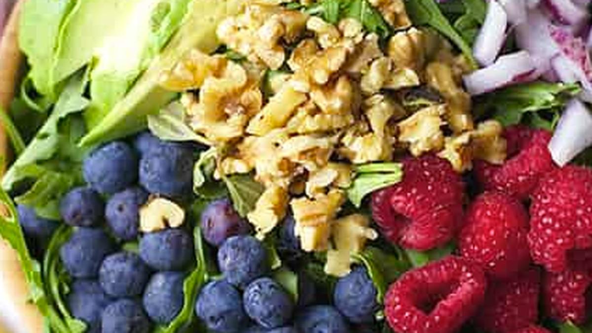 Lemon Blueberry Superfood Salad (from the Spicy Olive)