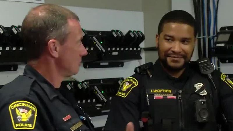 2 CPD officers buy, carry Narcan on their shifts