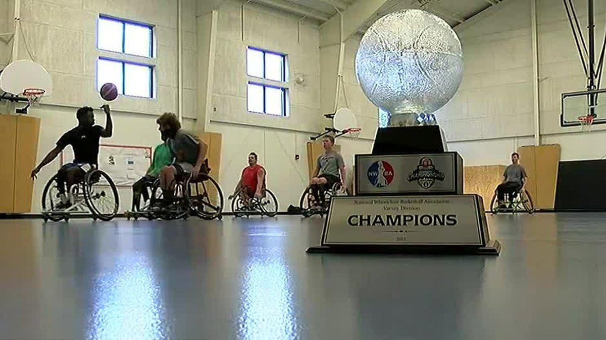 Cincinnati wheelchair basketball team caps undefeated season with national title