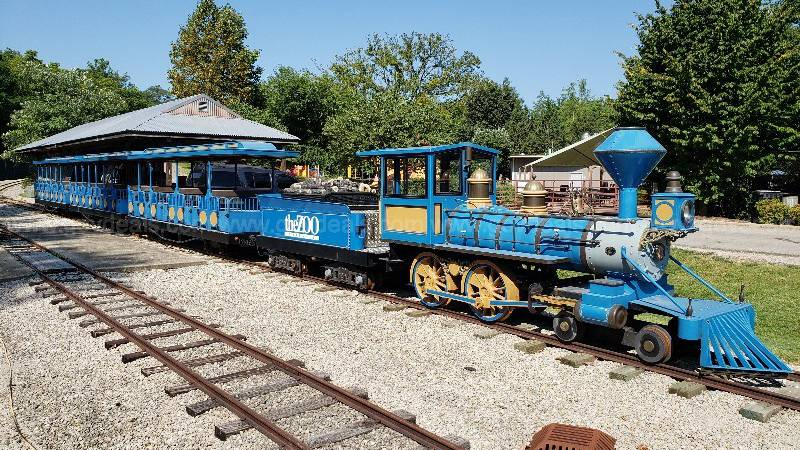 The blue and yellow passenger trains used by the Louisville Zoo are now being auctioned off...