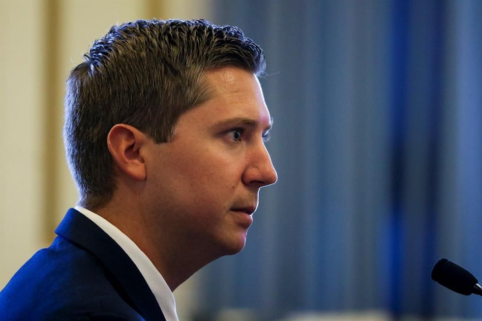 Former UC cop Ray Tensing takes the stand in his second murder trial. (Pool/Cincinnati Enquirer)