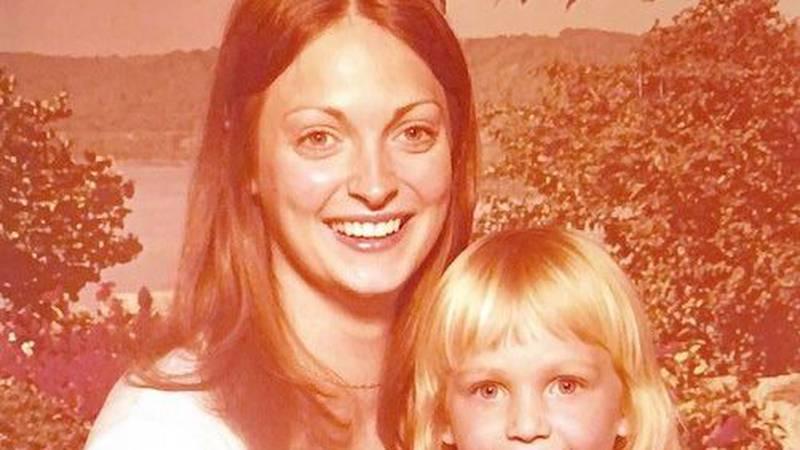 Vendetta Cox with her daughter, Cresta Eshleman