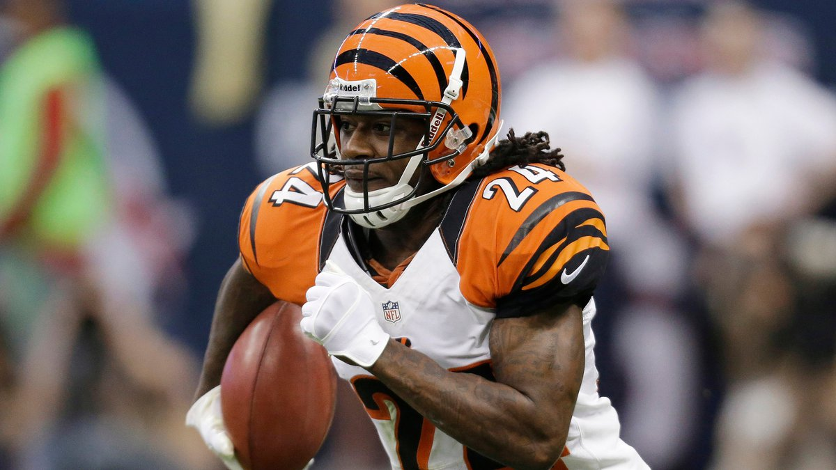 FILE - In this Jan. 5, 2013, file photo, Cincinnati Bengals' Adam Jones runs the ball against...