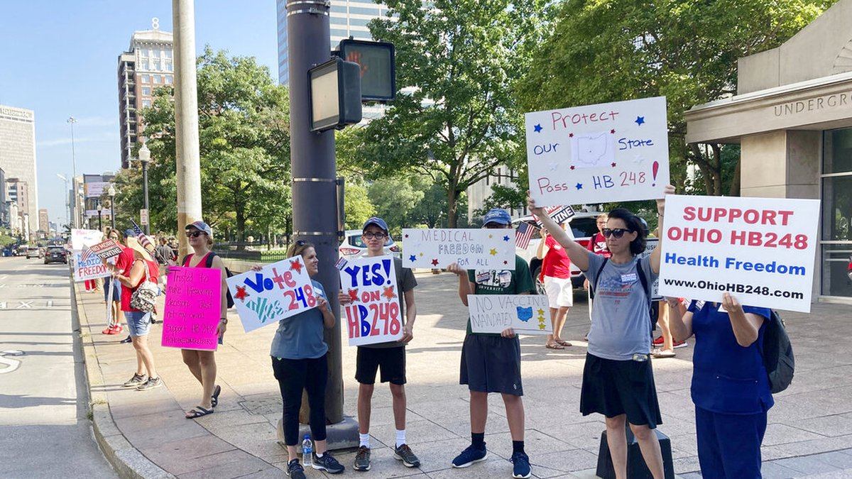 Supporters of a bill that would prohibit public and private employers from requiring...