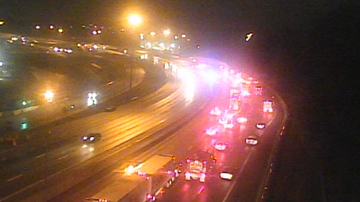 A multi-vehicle crash is blocking all lanes of northbound Interstate 75 near Mitchell Avenue.