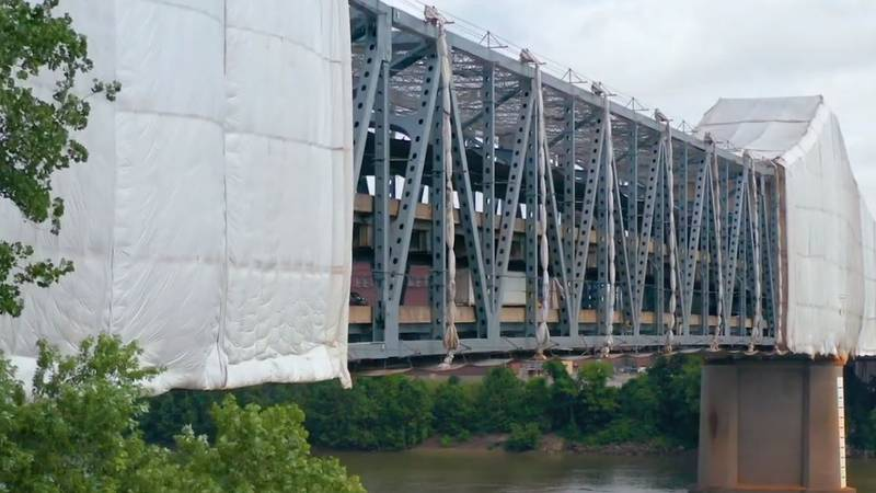 Northbound drivers over the Brent Spence Bridge can't change lanes—or interstates—with the new...