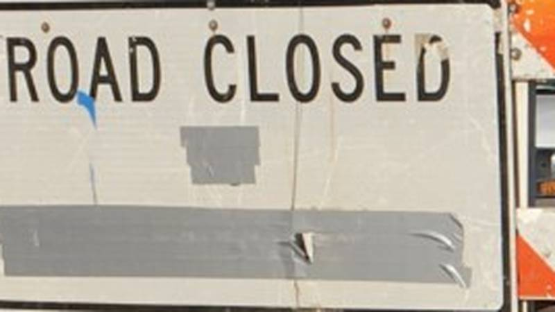 Road closed sign (Source: KFVS)