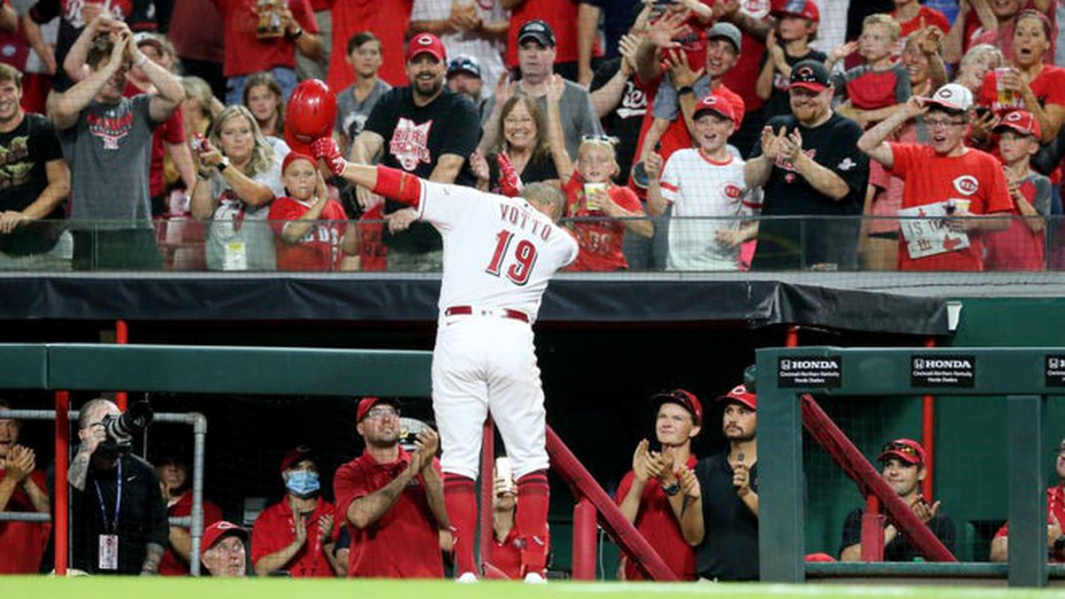 Joey Votto acknowledges an ovation from the crowd after his solo home run in the third inning...